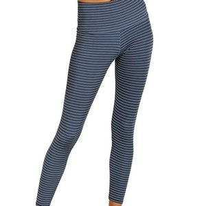 Onzie Gray Stripe Athletic Yoga Leggings Size Med